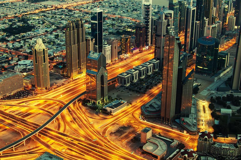 Dubai_Lively